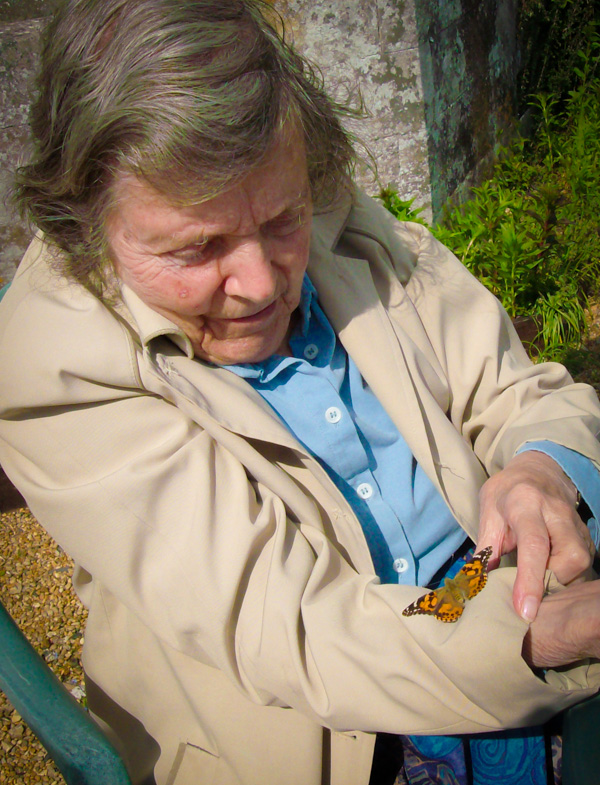 We offer full residential care for people who have dementia.